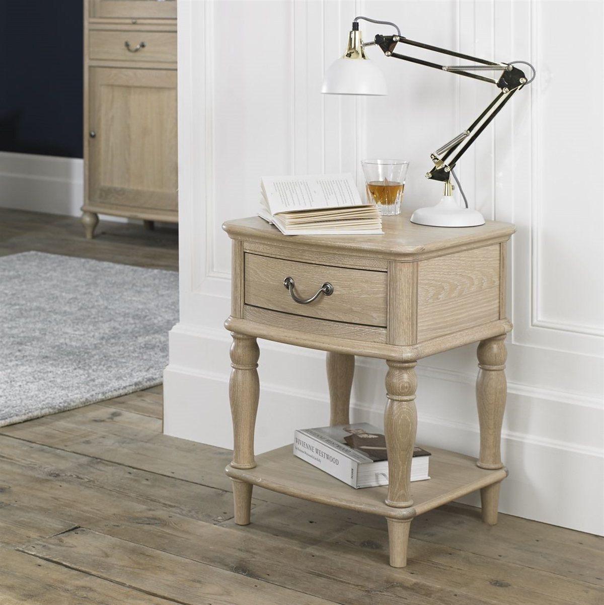 Bordeaux Lamp Table