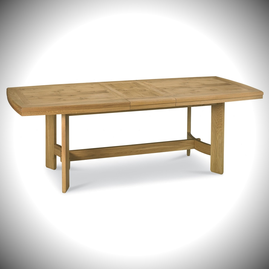 Turner 6-8 Centre Extension Table